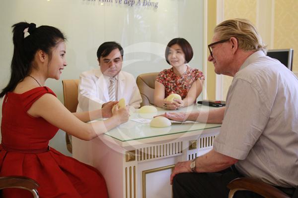 Túi ngực an toàn Microthane được các chuyên gia đầu ngành đánh giá cao