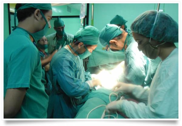 Kỹ thuật kéo núm vú bị tụt tại Thẩm mỹ viện Đông Á