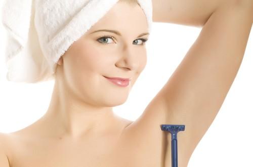 Cạo lông nách trước phẫu thuật có thể ảnh hưởng đến kết quả